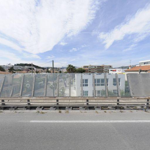 B.F.T Sud-Est - Portes et portails - Saint-Laurent-du-Var