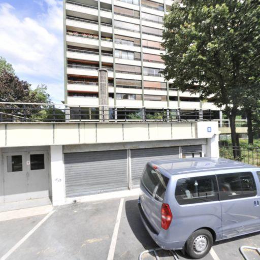 Square Des Saint Simoniens - Parc et zone de jeu - Paris