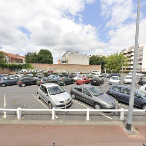 Parking Abbé Lemire-Condé - Parking - La Madeleine