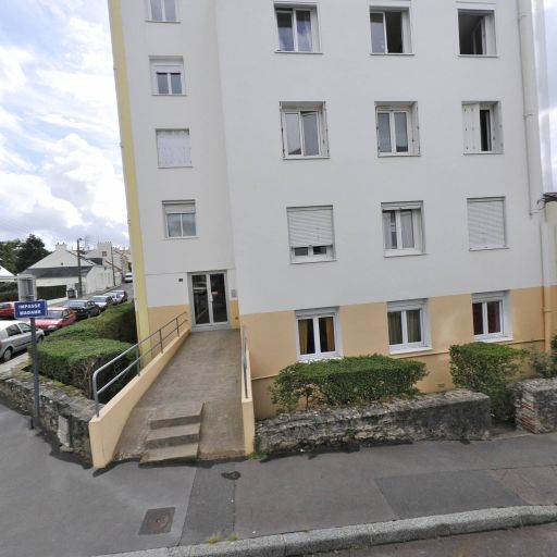 Madame Veronique Sorin - Coiffeur à domicile - Nantes