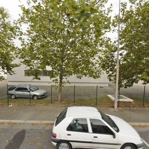 Enterprise Rent a Car - Location d'automobiles de tourisme et d'utilitaires - Vénissieux