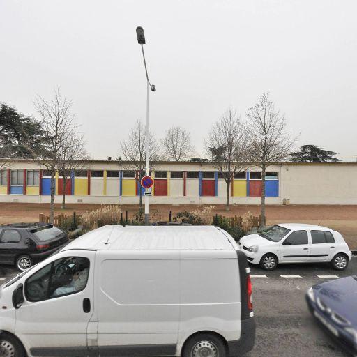 Inspection De L'education Nationale I.E.N - Éducation nationale - services publics généraux - Vénissieux
