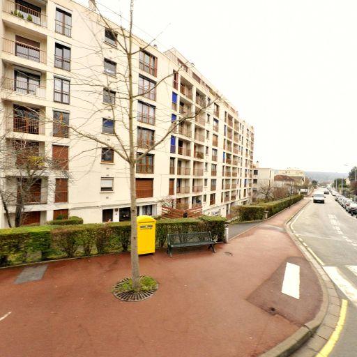 La Bonne Formule - Graphiste - Saint-Germain-en-Laye