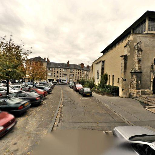 Parking Cheval Rouge - Parking - Orléans