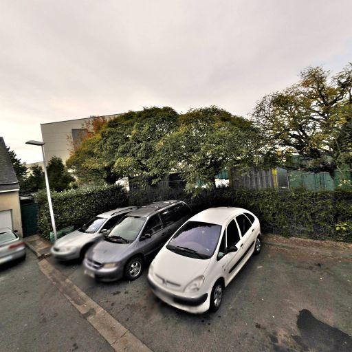 Gunia Ilia - Garage automobile - Caen