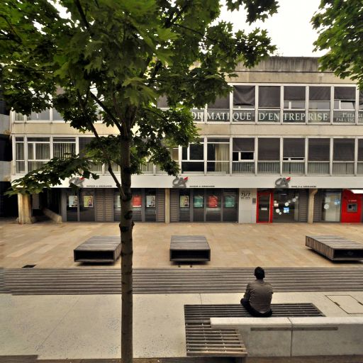 Conservatoire national des arts et métiers CNAM d'Evry - Formation professionnelle - Évry-Courcouronnes