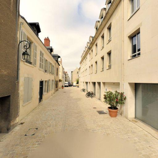 Maison du Coin Saint-Pierre - Attraction touristique - Orléans