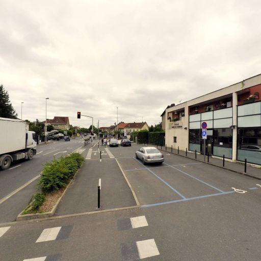 Parking Place du Maréchal de Lattre de Tassigny - Parking - Athis-Mons