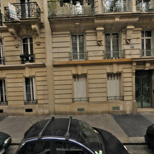 Keller Magali - Interprète - Paris