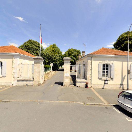 Agence Régionale De Santé Délégation Départementale de la Charente-Maritime ARS - Affaires sanitaires et sociales - services publics - La Rochelle