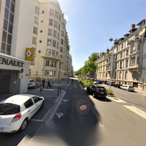 Garage du Parc Renault - Location d'automobiles de tourisme et d'utilitaires - Lyon