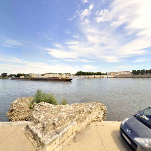 Pont de Constantin - Attraction touristique - Arles