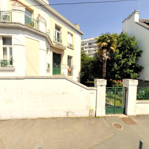 Hertz - Location d'automobiles de tourisme et d'utilitaires - Lorient