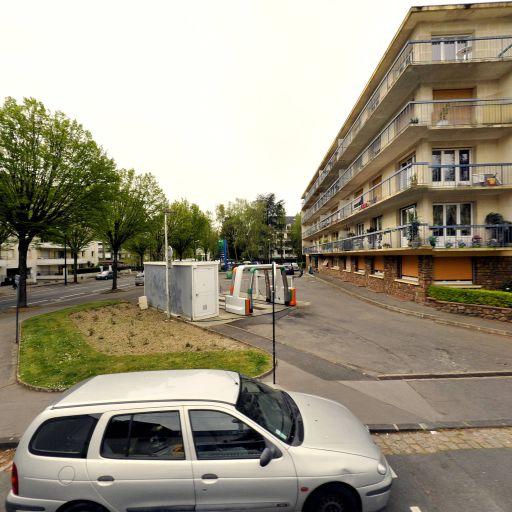 Station Elan - Station-service - Nantes