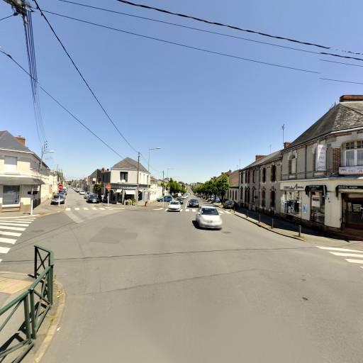 Crédit Agricole de l'Anjou et du Maine - Banque - Cholet