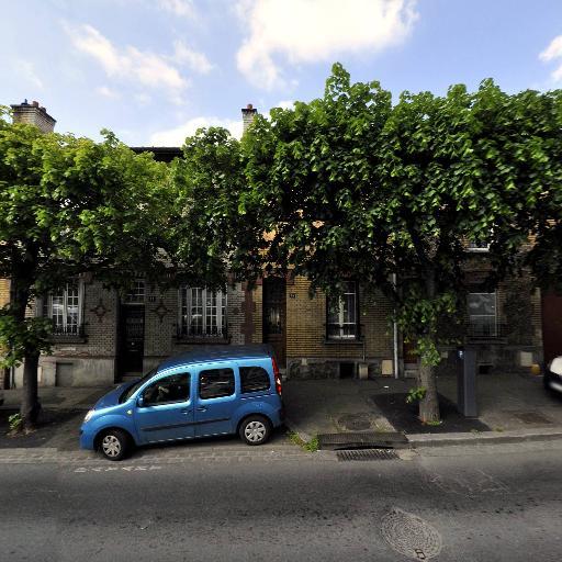 1Ere Association Française Des Collectionneurs De Voitures Anciennes Les Teuf Teuf - Philatélie - Montreuil