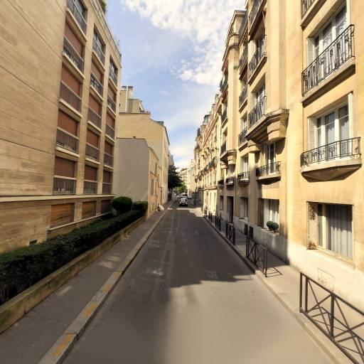 Handschuch Thomas - Production et réalisation audiovisuelle - Paris