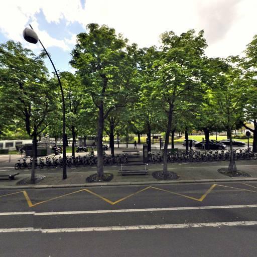 Station Vélib' Place de la Reine Astrid - Vélos en libre-service - Paris