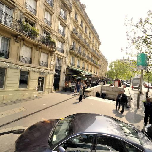 Chrono Lift - Club de sports d'équipe - Paris