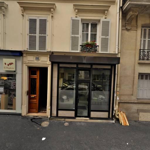 Les Pontons Flingueurs - Club de sports nautiques - Paris