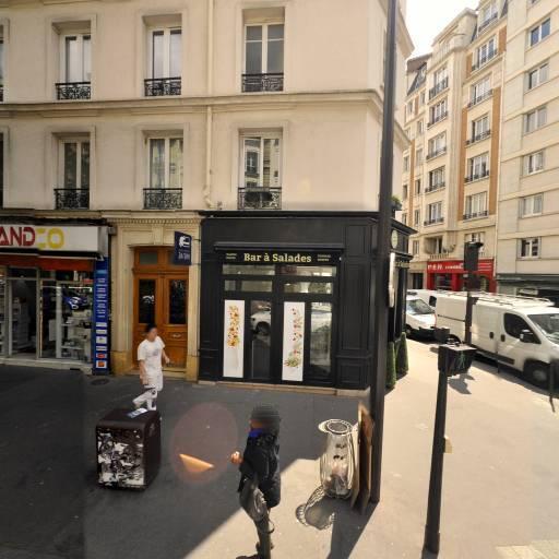 Clopinette - Articles pour vapoteurs - Paris