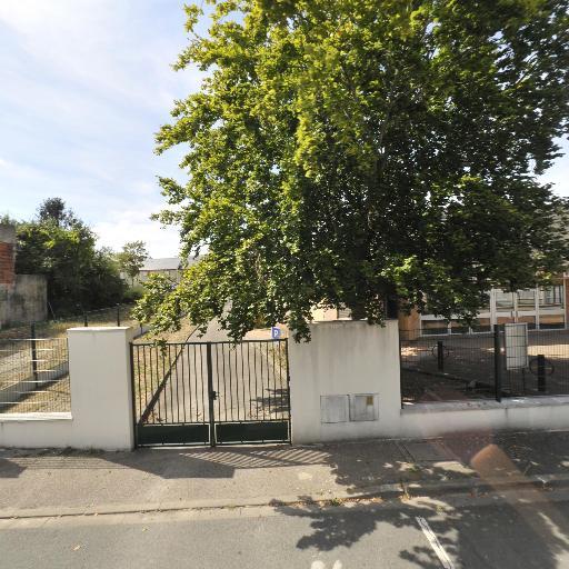 Maison de la Belle Croix - Conseil départemental, conseil régional - Orléans