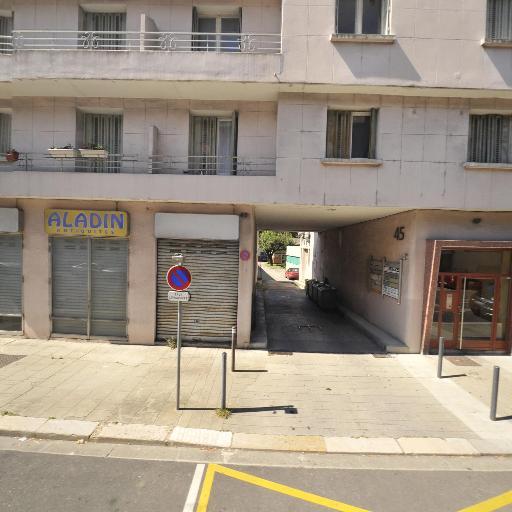 Detours Musique - Disquaire - Grenoble