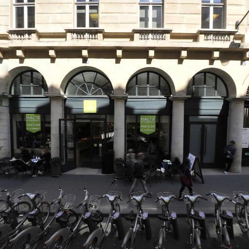 Station Vélib' Chaussée d'Antin - Haussmann - Vélos en libre-service - Paris