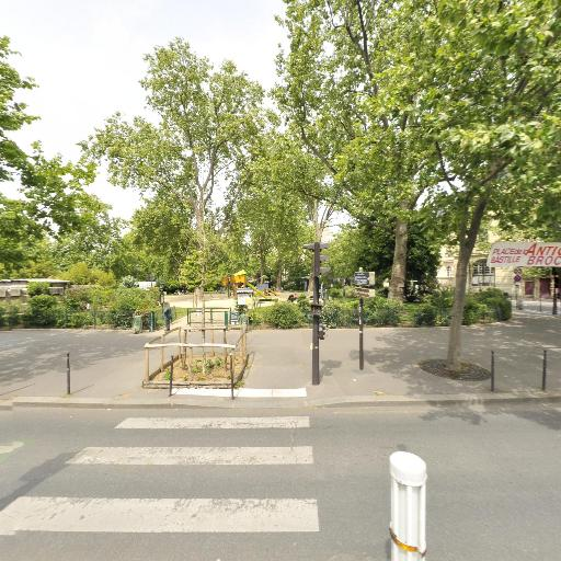 Square Henri Galli - Parc et zone de jeu - Paris