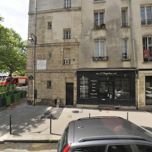 Square Marie Trintignant - Parc et zone de jeu - Paris