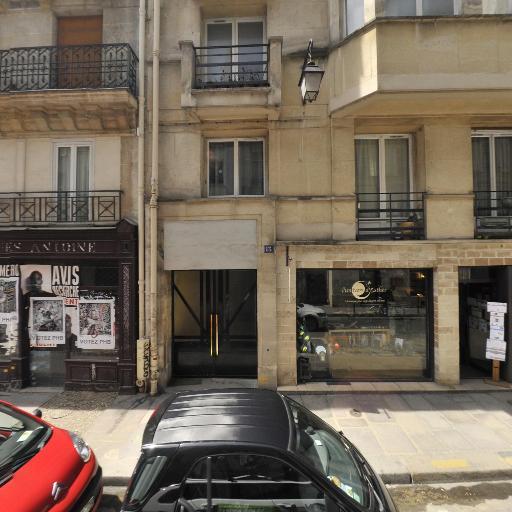 Queyraud Nathalie - Bijouterie en gros - Paris