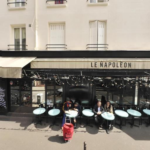 Station Vélib' Petites Ecuries - Faubourg Saint-Denis - Vélos en libre-service - Paris