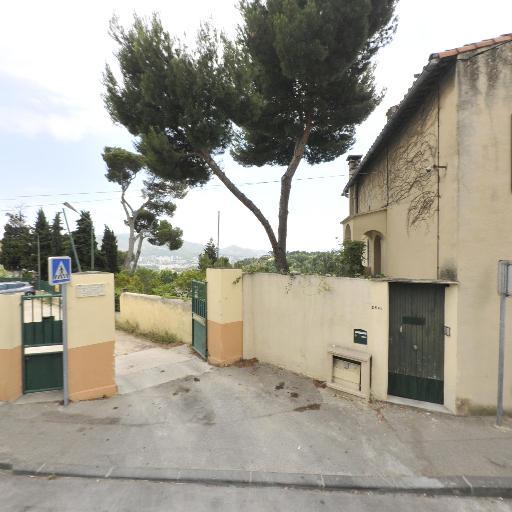 Cercle De Saint Julien - Coiffeur - Marseille