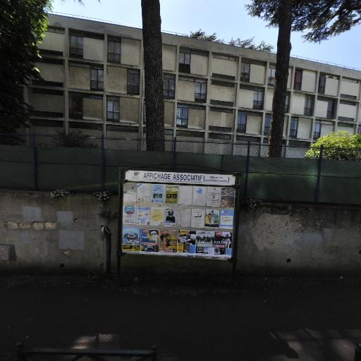 Lycée Jeanne D'Albret - Lycée - Saint-Germain-en-Laye