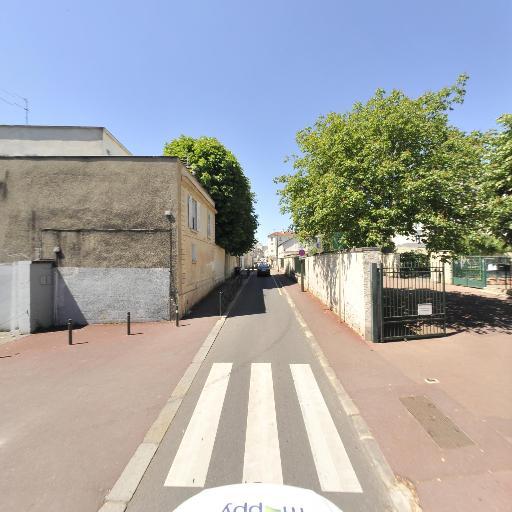 Ecole élémentaire Giraud Teulon - École primaire publique - Saint-Germain-en-Laye