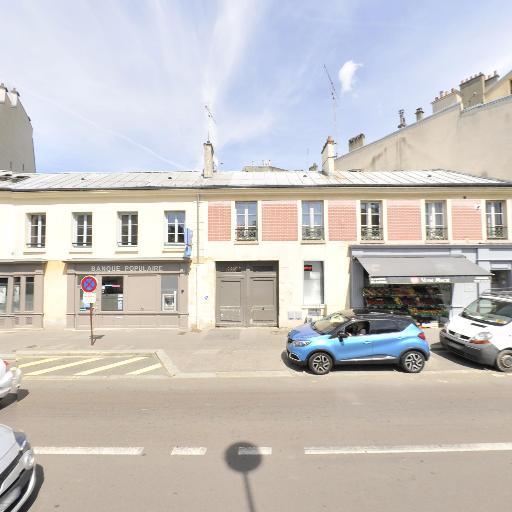 Les Tarplus - Club, circuit et terrain de sports mécaniques - Versailles