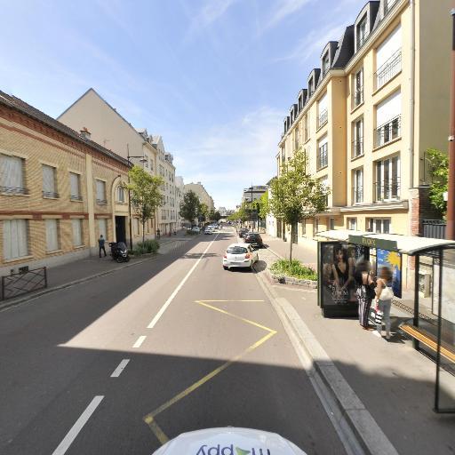 Stade des Chantiers - Infrastructure sports et loisirs - Versailles