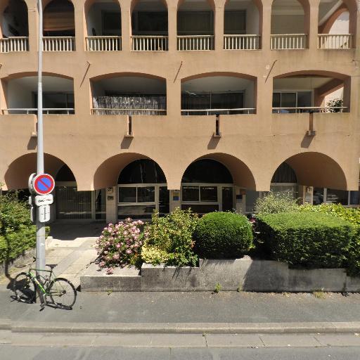 Frédérique Digard - Soins hors d'un cadre réglementé - La Rochelle