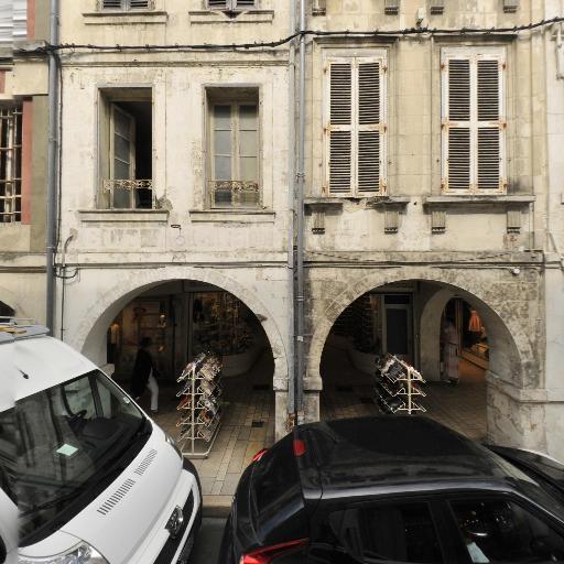 Chaussures Bouyssou - Chaussures - La Rochelle