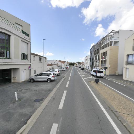 Shiva LERMA SARL Franchisé indépendant - Services à domicile pour personnes dépendantes - La Rochelle