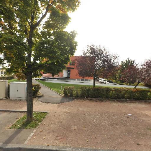 Istratech - Conseil, services et maintenance informatique - Dijon