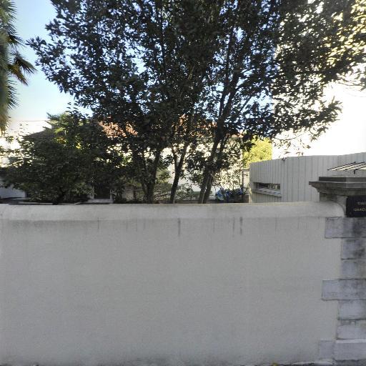 Centre Culturel Israélite - Église - Pau