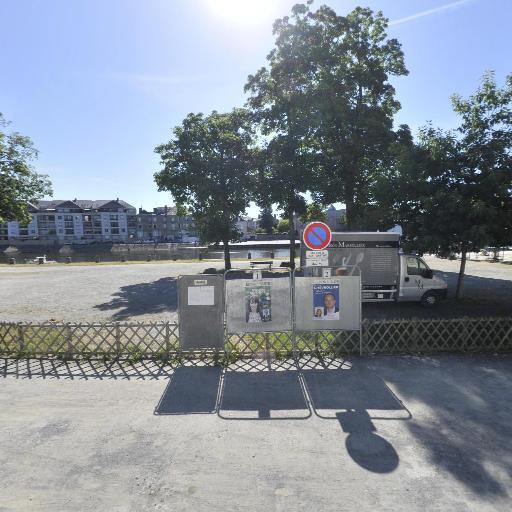 Parking Halte Fluviale - Parking - Laval