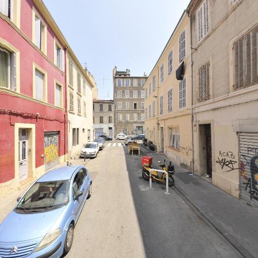 Bonelli Cyprien - Vente et réparation de motos et scooters - Marseille