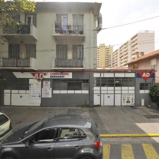 Autodistribution - Carrosserie et peinture automobile - Toulon