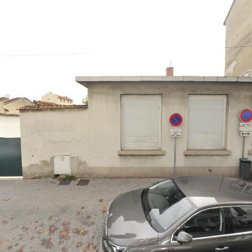 Autodistribution - Concessionnaire automobile - Villeurbanne