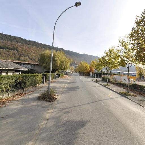 Bruyère Pneus - Rechapage, recreusage et réparation de pneus - Annecy
