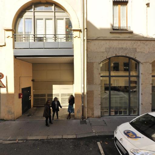 L.c.s. - Transport express - Lyon
