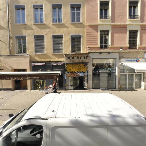 Pharmacie Des Lions - Pharmacie - Lyon