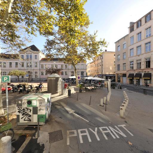Parking Place du Commandant Arnaud - Parking - Lyon